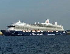 Kreuzfahrtschiff TUI Cruises Mein Schiff 3